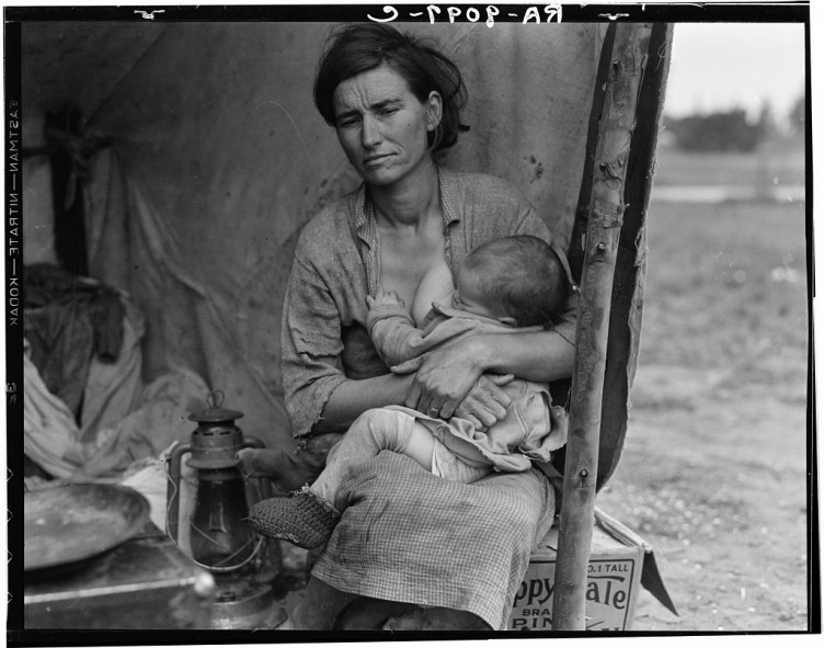 Dorothea Lange - Destitute pea pickers in California. Mother of seven children. Age thirty-two. Nipomo, CA 1936 04