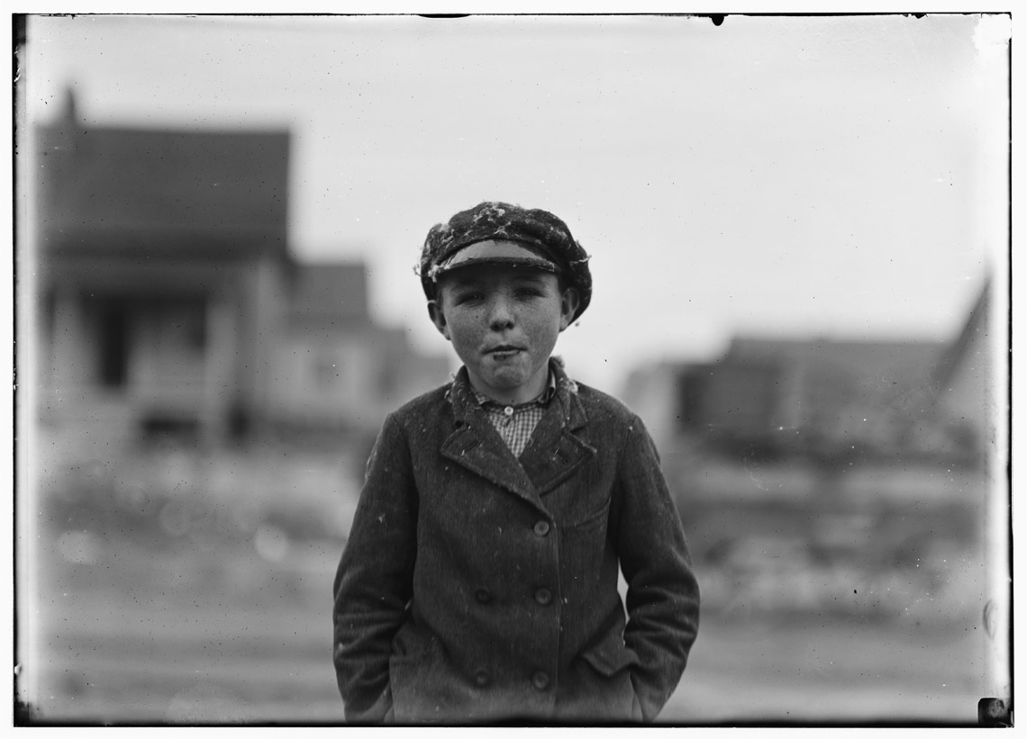 Lewis Hine - Boy from Loray Mill, 1908